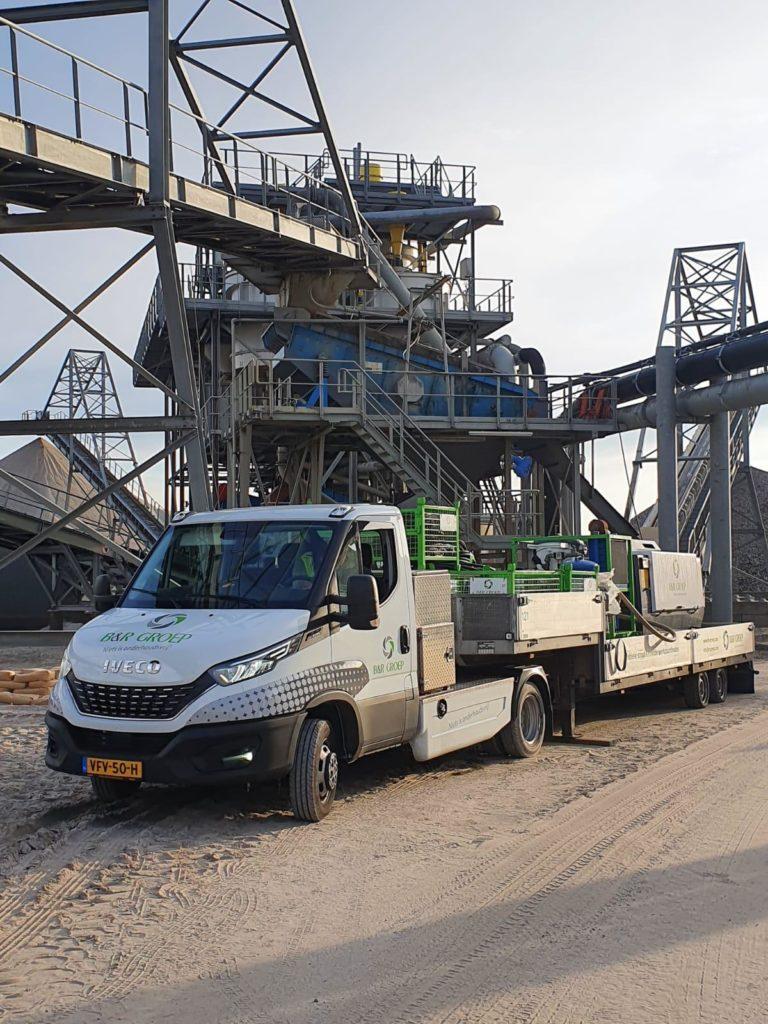 zandzeefinstallatie zandwinning industrieel conserveren wagenpark